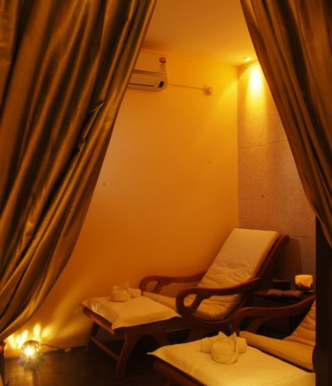 FOOT THERAPY ROOM, Vedic SPA in Kolkata